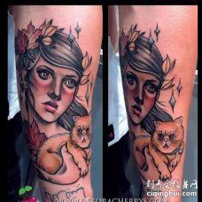 New School小臂人像猫纹身图案