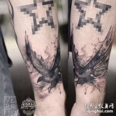 泼墨小臂老鹰纹身图案