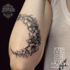 点线小臂花卉纹身图案