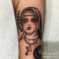 Old School小腿修女纹身图案
