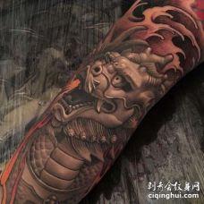 新传统小腿麒麟纹身图案