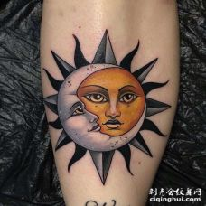 New School小腿太阳月亮纹身图案