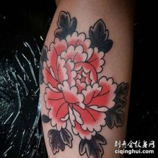 New School小腿牡丹纹身图案