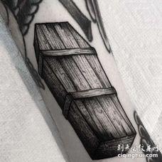 New School小腿棺材纹身图案