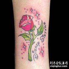 New School小腿玫瑰纹身图案