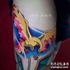 卡通大腿宠物小精灵火焰鸟纹身图案