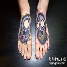 New School脚背幽灵纹身图案