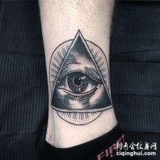 New School小腿眼睛纹身图案
