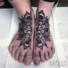 几何脚背繁花纹身图案