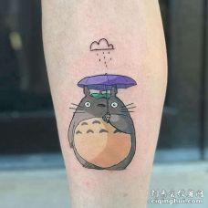 卡通小腿宫崎骏龙猫纹身图案