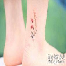 小清新脚踝花卉纹身图案