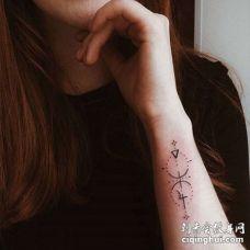 小清新手腕纹身图案