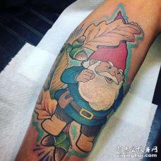卡通小臂小矮人纹身图案