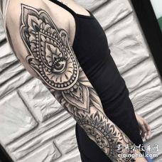 胳膊纹身图案