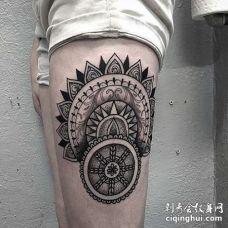 点刺几何大腿繁花纹身图案
