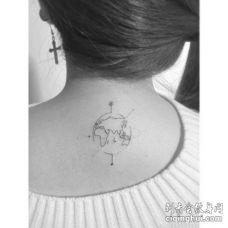 小清新后颈地图纹身图案