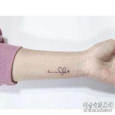 小清新手腕字母纹身图案