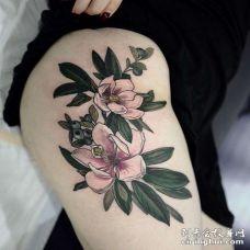 New School大腿花卉纹身图案