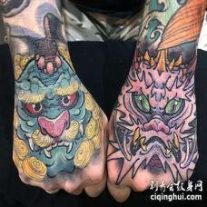 新传统手背唐狮龙纹身图案