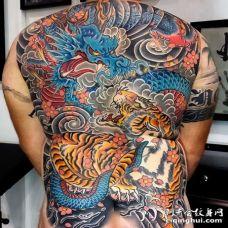 日式后背龙老虎纹身图案