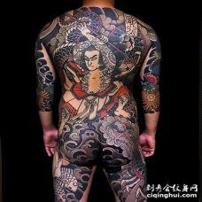 日式后背武士纹身图案