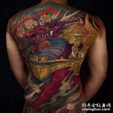 新传统后背麒麟纹身图案