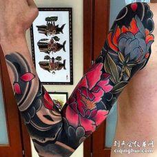 日式胳膊牡丹纹身图案