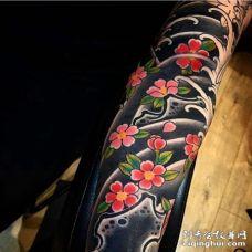 日式小臂樱花纹身图案