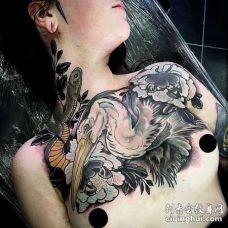 新传统前胸鹤纹身图案
