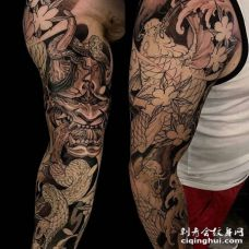 新传统胳膊蛇般若鲤鱼纹身图案