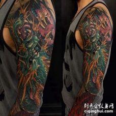 新传统胳膊龙纹身图案
