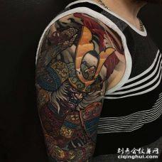 新传统大臂鬼武士纹身图案