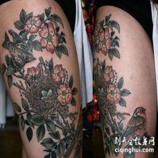 大腿外侧写实鸟与花朵