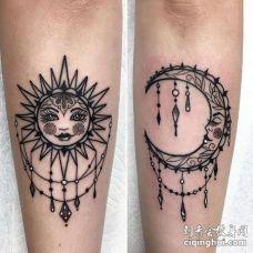 小腿黑灰太阳与月亮