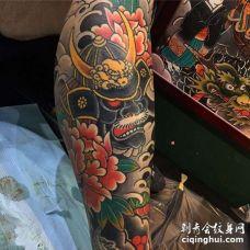 小腿包围日式传统人物