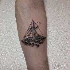 手臂点刺帆船