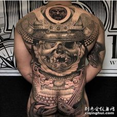 写实后背鬼武士纹身图案
