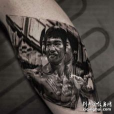 写实小腿李小龙纹身图案