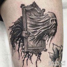 点刺小腿幽灵纹身图案