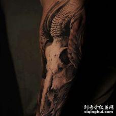 写实小臂骷髅纹身图案