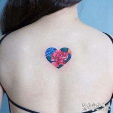 小清新后背心纹身图案
