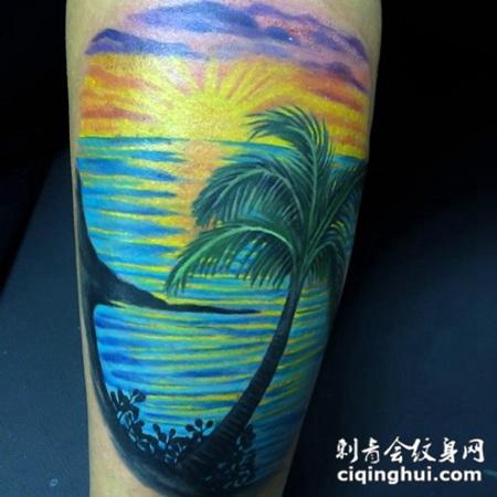 大腿蓝色海洋与太阳纹身图案