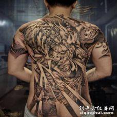 传统人物等风格的的1大满背纹身图案