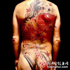 传统风格的传统大满背纹身图片