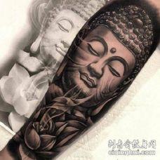纹身佛头图案 庄严肃穆的佛像纹身图片