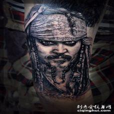 手臂加勒比海盗杰克船长肖像纹身图案