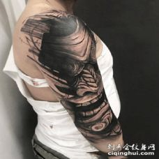 黑臂纹身 帅气的9组深黑色系的手臂纹身图案