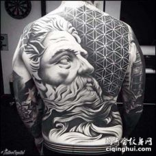 满背纹身图案 不同图案不同风格的满背纹身图案
