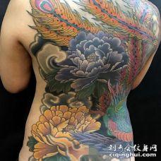 老传统风格的满背纹身作品