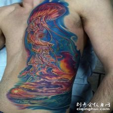 华丽的彩绘五彩水母海洋纹身图案